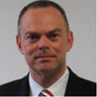 Dr. Bernhard Riegel